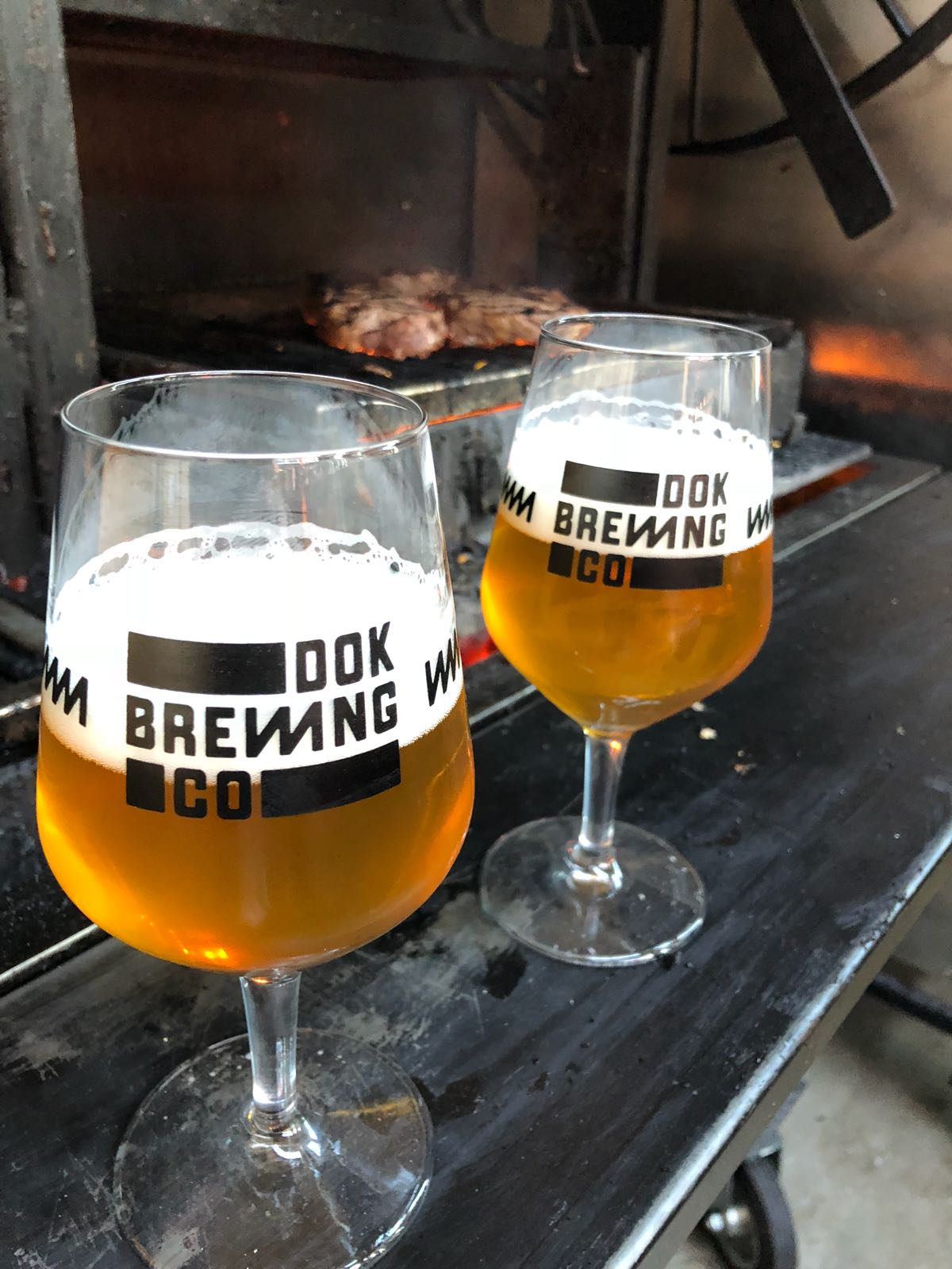 https://www.dokbrewingcompany.be/wp-content/uploads/2018/07/Dok-brewing-company-glassware-1.jpg
